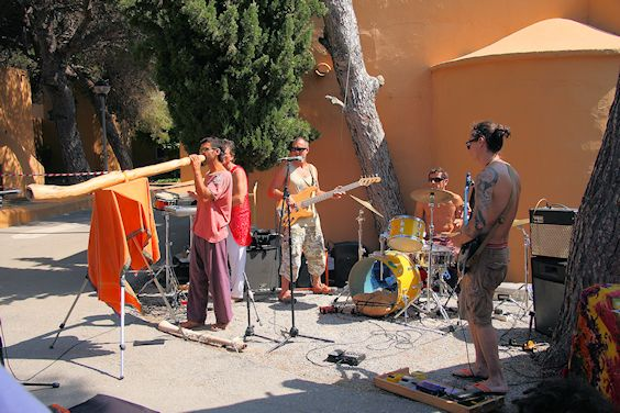 band Hippiemarkt