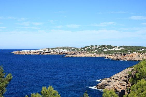 Siedlungen entlang der Küste